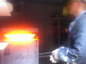 opening the kiln for hikidashi